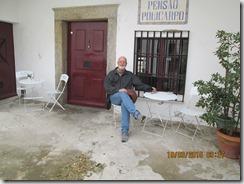 Na porta da pensão